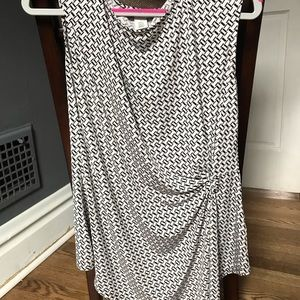 WHBM NWOT Black and white top.